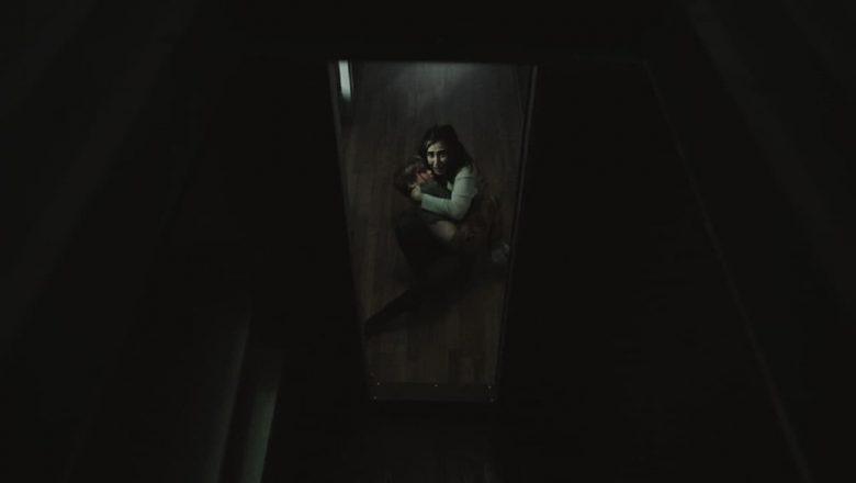 Zło czyha za drzwiami fili